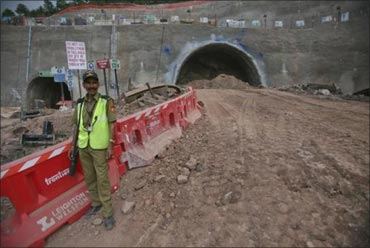 Work on India's LONGEST road tunnel begins