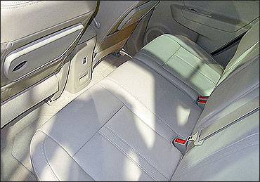 Rear seats of Renault Koleos.