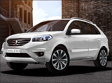 Side-view of Koleos.