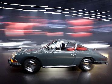 911 Carrera sports car