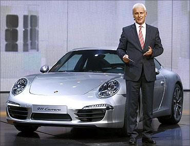 Te new Porsche 911 Carrera