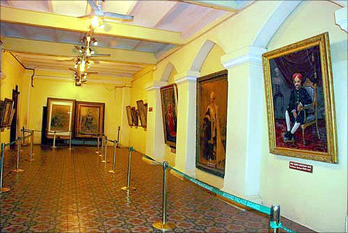 Picture gallery inside the palace.