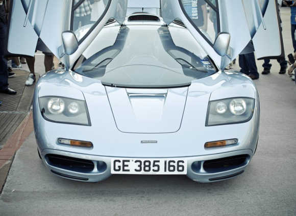 This supercar can go up to 390km/h!