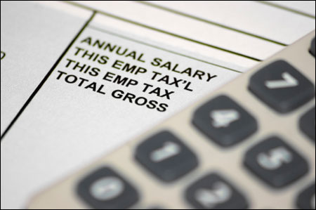 Employees in India may get lower salary hike in 2012