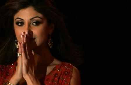 Shilpa Shetty launched GroupHomeBuyers.com