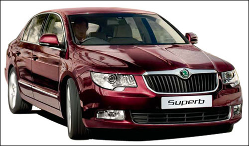 skoda superb ambition launched at rs 18 lakh business. Black Bedroom Furniture Sets. Home Design Ideas