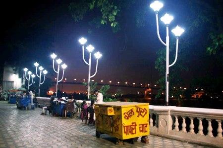 Kolkata at night.