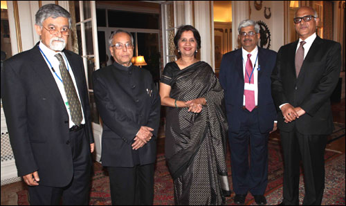From left, Arvind Virmani, Pranab Mukherjee, India's Ambassador to Washington, Nirupama Rao, Economy Affairs Secretary, R Gopalan and Mukesh N Prasad, Executive Director, World Bank.