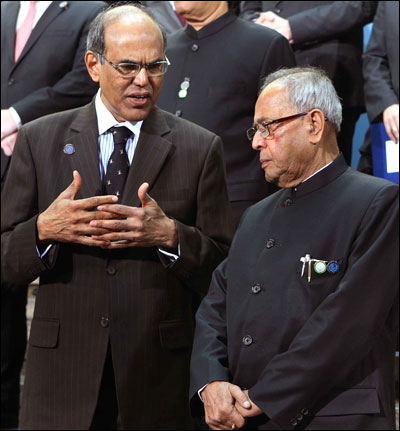 RBI governor D Subbarao and Pranab Mukherjee.