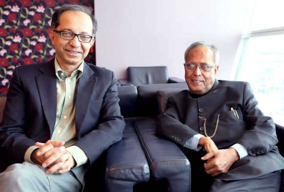 Pranab Mukherjee with Kaushik Basu, Chief Economic Advisor to the Government of India.