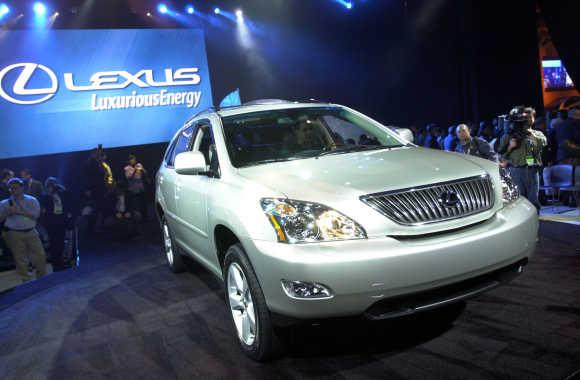 Lexus SUV.