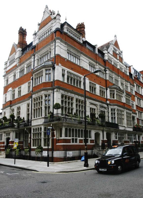 London's posh Mayfair neighbourhood.