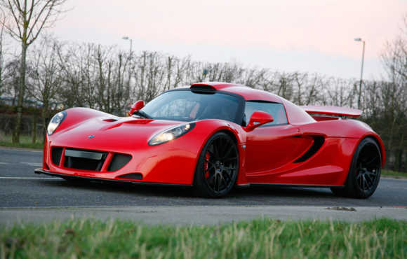 Amazing images of supercar Hennessey Venom GT