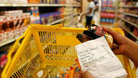 Now, online grocery stores draw investor int