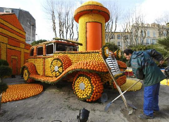 Amazing images of whacky vehicles