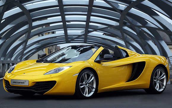 McLaren 12C Spider.