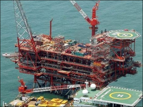 Indian oil firms focus on production in fight for foreign assets