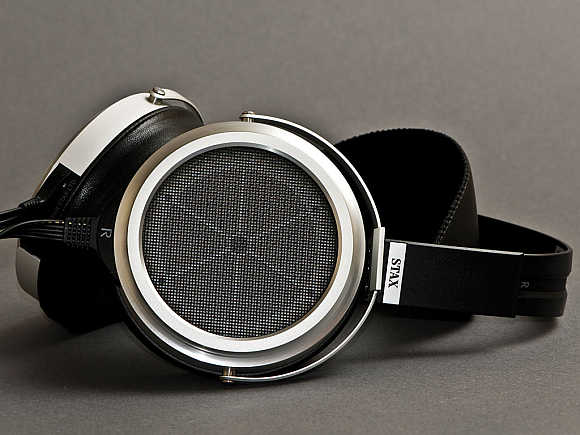 Stax SR-009 Earspeakers.
