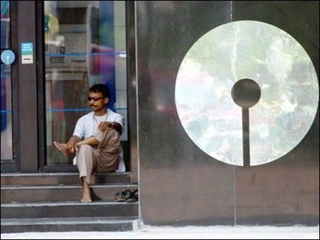 SBI internet banking to remain shut for 12 hrs on Sun