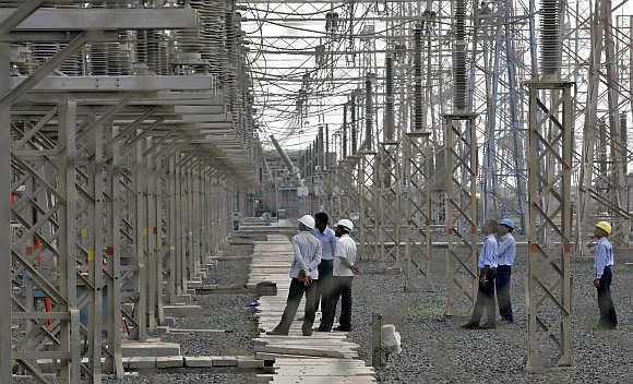 A power project in Bihar has become a political issue.