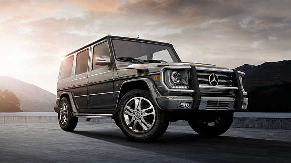 10 most expensive suvs in the world business for Expensive mercedes benz suv