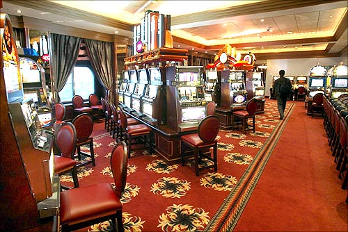 View of the gaming room on board the Queen Mary 2.