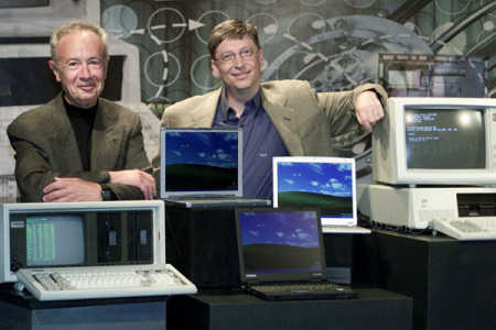 Andy Grove, left, with Bill Gates.