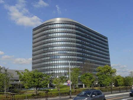 Toyota's market capitalisation is $132 billion.