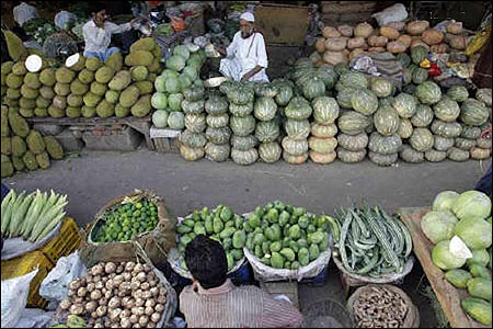 Inflation falls to 2-year low of 6.55% in Jan