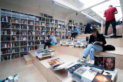 20 STUNNING bookstores of the world