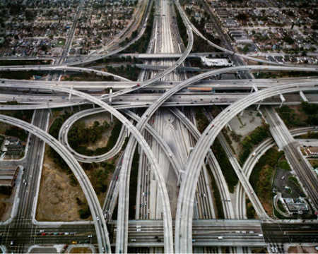 Open access is the preferred alternative for roads and similar network facilities.
