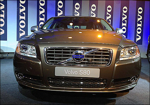 Volvo launches 3 stunning diesel cars in India