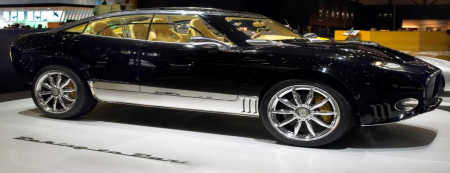 It is one of the most well-known luxury SUVs.