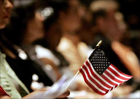 Top 10 H-1B visa cos outsource jobs overseas