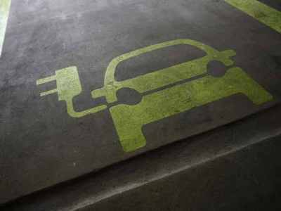 India's auto sector is still waiting for an electric start