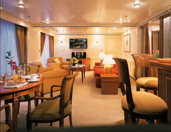 See the world in this yacht for $12,700 per day