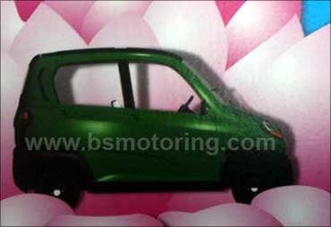 Bajaj unveils small car RE60; may price it at Rs 125,000!