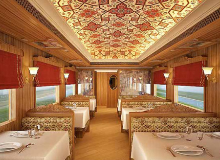 Maharaja Express trains operate on four itineraries.