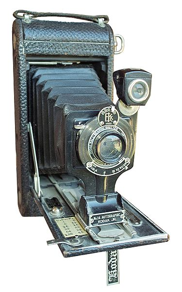 No 1-A Autographic Kodak Jr (made 1914-1927).
