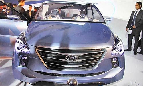 Hyundai Velostar.