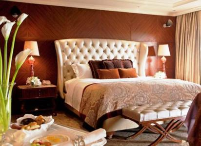 A luxury room in Taj Palace.