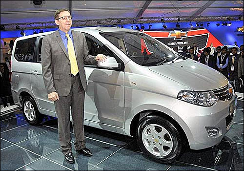 Move over Toyota Innova, 5 new STUNNING MPVs are here!