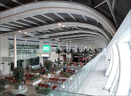 Chhatrapati Shivaji International Airport (Mumbai).
