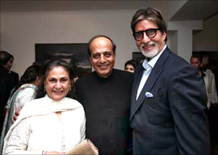 Dinesh Trivedi with Amitabh Bachchan and Jaya Bachchan.