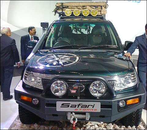 Here comes Tata Safari Storme at Rs 10 lakh