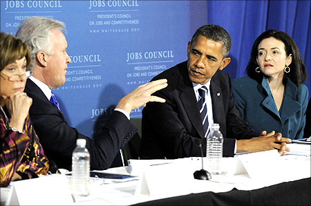 US President Barack Obama (2nd R) listens to council chairman, General Electric CEO Jeffrey Immelt (2nd L), Facebook COO Sheryl Sandberg (R).
