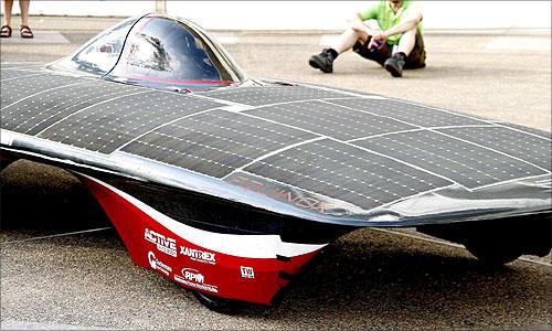 Stanford solar car Equinox.