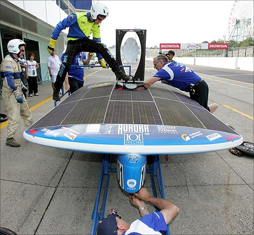 Solar car Aurora 101.