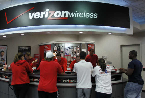 A view of a Verizon Wireless counter in Boca Raton, California.