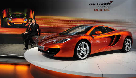 McLaren MP4-12C.